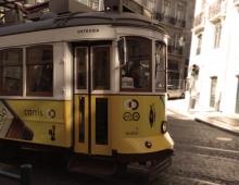 yellow tram 2 - Piotr Smogór
